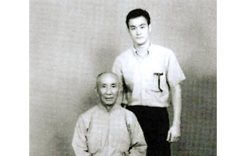 原來李小龍的師父葉問早在他去世的多年前已經預料他會短命,原來主因是...