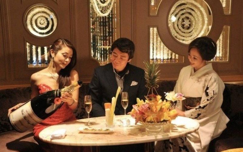 日本酒店文化揭密!把極品妹子直接帶出場!做好功課不怕被當凱子耍!