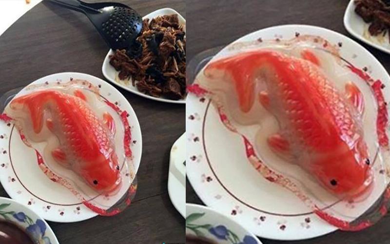 桌上的魚看起來超美味,結果拿掉包裝後「超噁素顏」讓人想吐XD