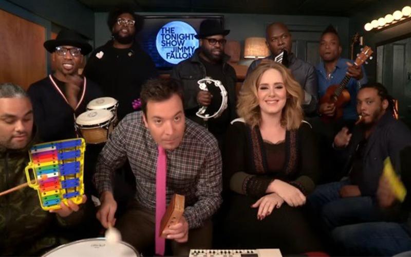愛黛兒和知名主持人「用兒童樂器現場演唱Hello」,精彩到讓你會再次中這首歌的毒!