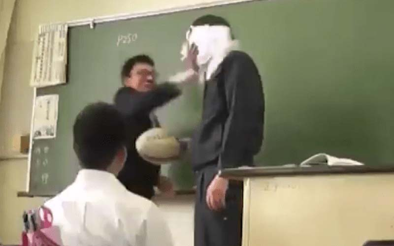 他砸派幫老師慶生,沒想到老師大暴走,學生嚇到冒冷汗,看到最後才發現真是個好老師!
