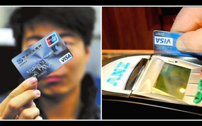如果在刷卡結帳時發現店員做了「這個動作」,一定要趕快報警,因為你的信用卡已經被複製了!