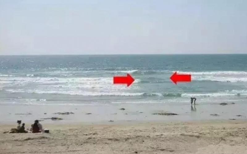 每年都會淹死數百人!在海邊玩時看到「這個現象」,請立刻上岸!