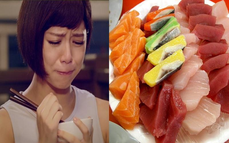 買了一盒豪華生魚片準備讓爺爺奶奶吃澎湃,沒想到下班回家後爺爺已經.....:邊吃邊哭!
