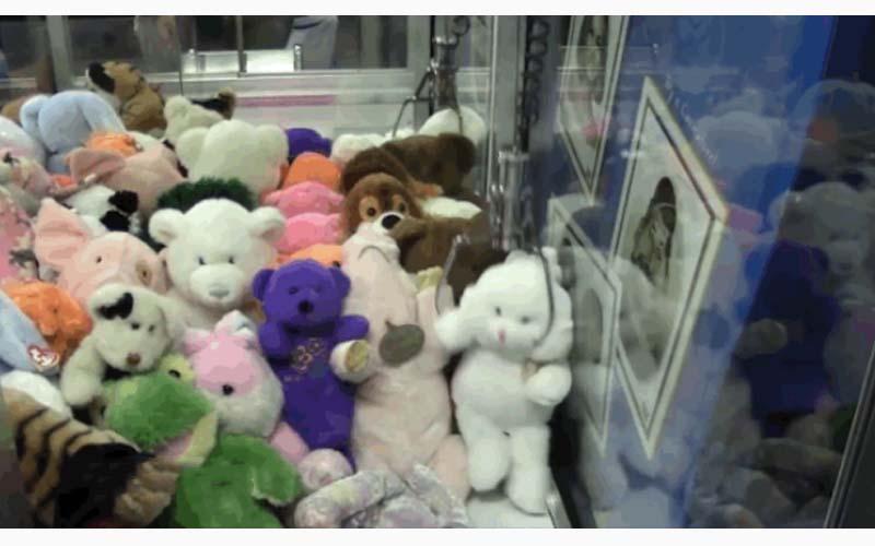 這些「夾娃娃機的商業機密」你不可不知!看完後你才會發現有多可惡!(圖+影)