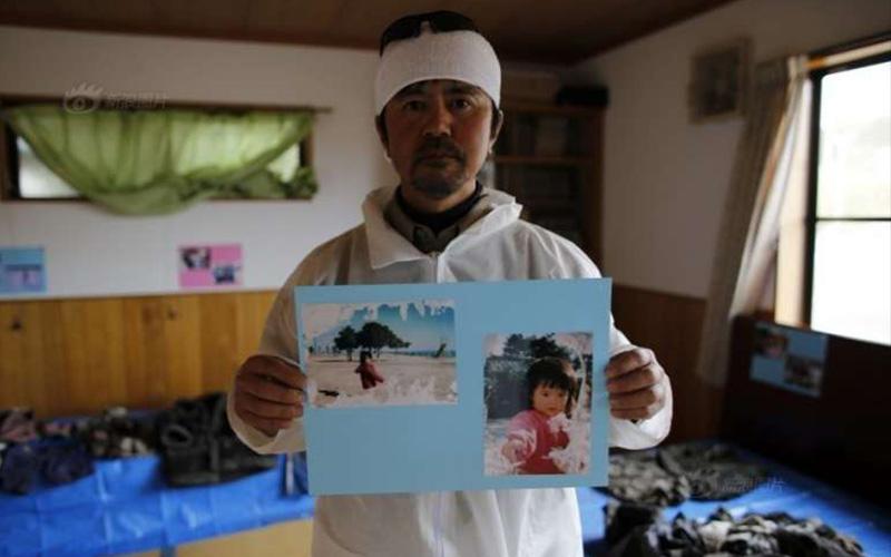 日本一名父親5年來都在輻射區找女兒的遺體,直到聖誕節前他終於在家附近收到「她送的禮物」!