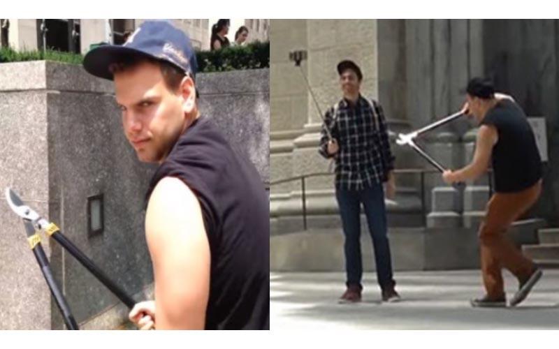 這名男子極度「厭惡自拍棒」只要看到就「剪斷!」他現在應該被人用自拍棒插死了吧?
