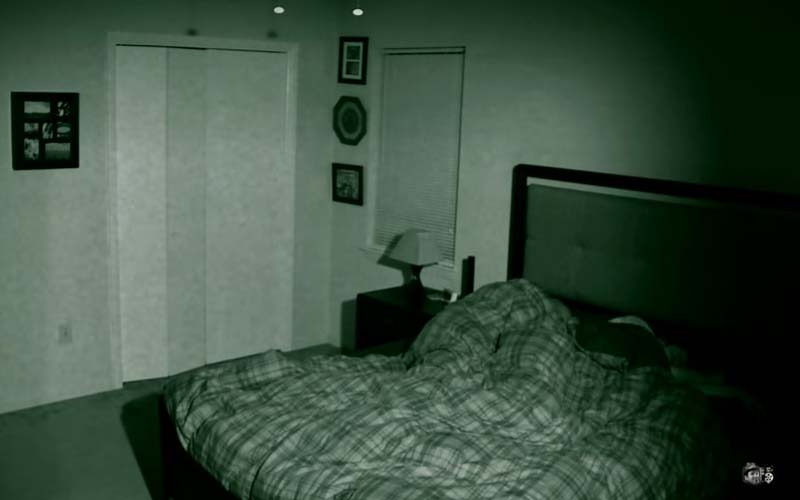 男子發現每天睡醒家具都會移位,設了監視器後恐怖的來了!據說許多驅魔師找上了他!(影片)