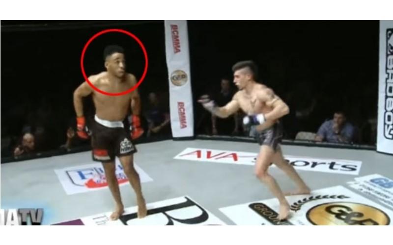 這位MMA綜合格鬥選手以為自己穩贏還「跳舞挑釁」,結果對手一抬腿他悲劇了...