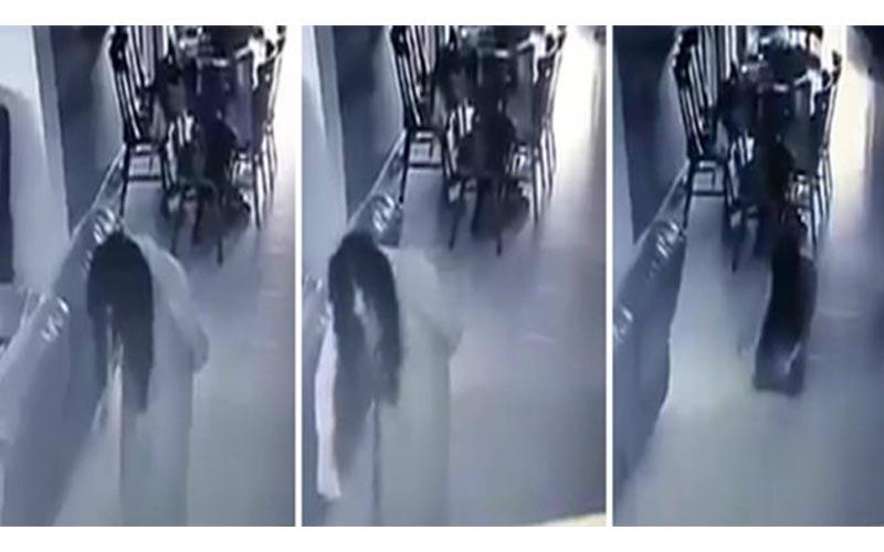 男子從攝影機看到女傭的異常舉動,披頭散髮一身白像被鬼附身一樣!但卻有網友提醒他..!