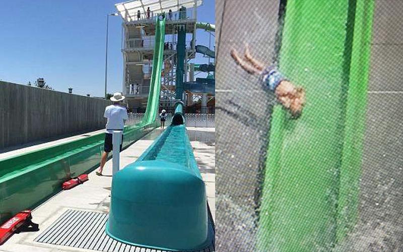 10歲男孩從「三層樓高滑水道」失控飛出去,大家看得心跳都停止!原來他少做了「這個動作」!(影)