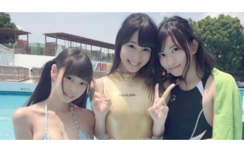 這三個妹子你喜歡誰?據說選「她」的絕對是處男...網友驚:糟糕被發現了!