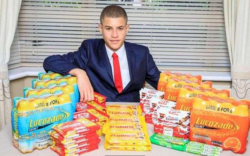 15歲少年在學校男廁「用200元創業」!超強生意頭腦讓網友跪著看:目標是千萬富翁!