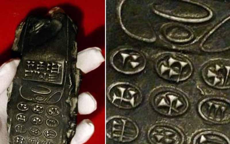 考古學者從地底挖出一支800年前的手機,網友驚呼也太像諾基亞神機?!
