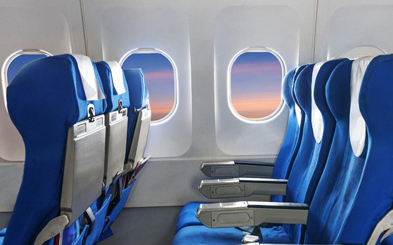 搭飛機時「座椅為何大多沒對齊窗戶」?跟安全無關...其實是這原因!
