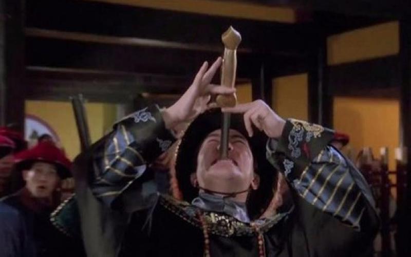 經典魔術【吞劍絕技】都用伸縮劍?在X光底下真相大白!