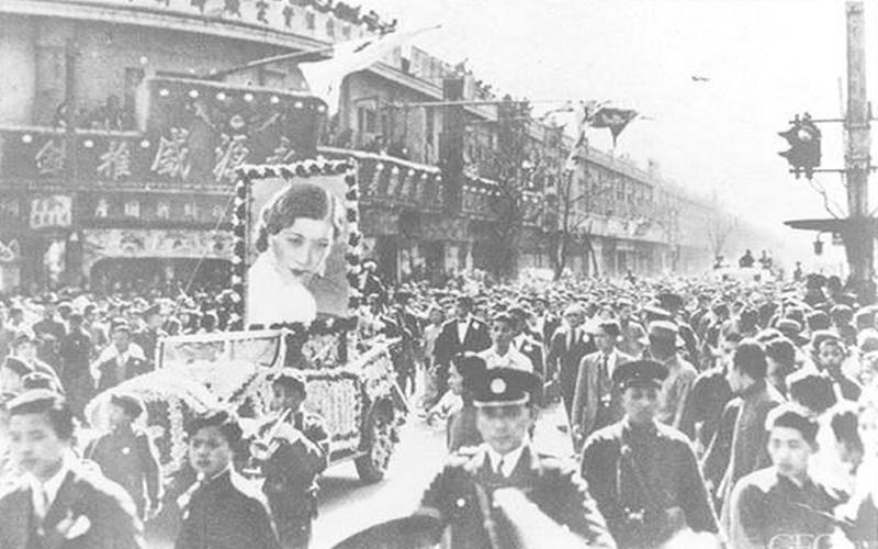 她是歷史上第一個被「逼死」的小三,上海灘名流傳奇女子25歲辭世:12名流抬棺,30萬人送葬!