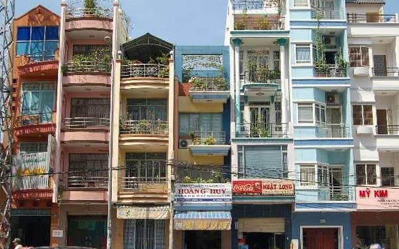 你知道為何越南的房子都是又細又長嗎?當地人不僅身形細瘦沒想到連建築也是如此呢!