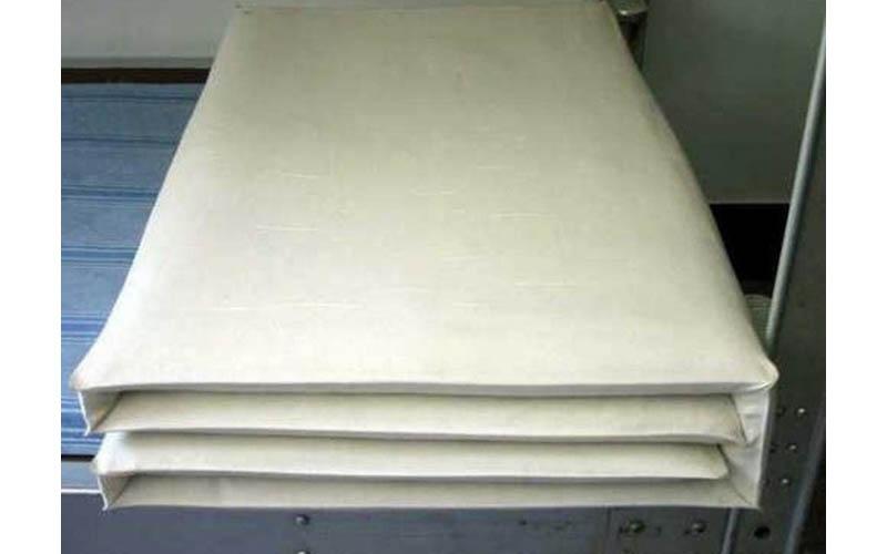 男人們的回憶!國軍技能完美的「折豆乾棉被」網友也回憶起「電話卡,木板是 9的神器」