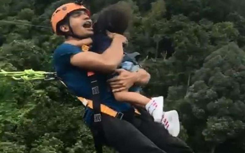 男子「徒手」抱著2歲女兒高空彈跳,她一臉驚恐…網友爆氣:當你女兒真衰!