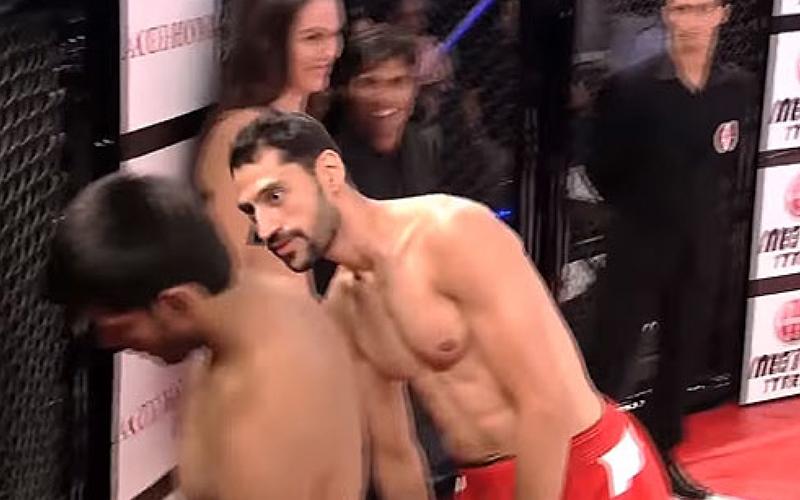 一進場態度就囂張到超欠扁的格鬥選手,在比賽開始5秒後瞬間成為全世界的大笑話!