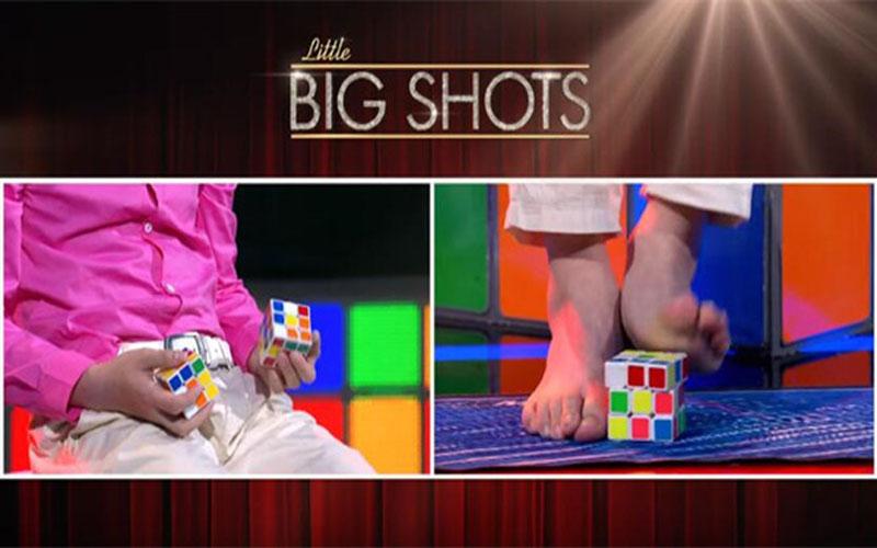 澳洲達人秀12歲神童手腳並用「55秒解3個魔方」,觀眾全驚呆!