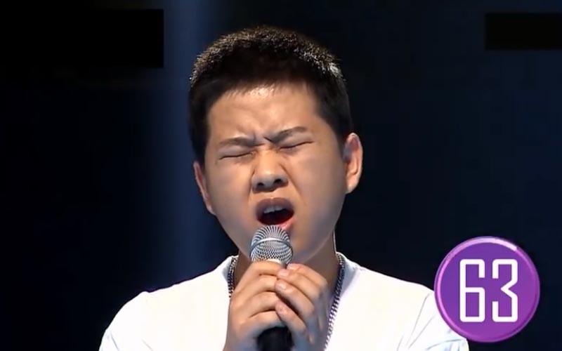 選秀冠軍「曾因外表被看扁」不會紅!他「1個月狂瘦15kg」如今已是韓國知名歌手