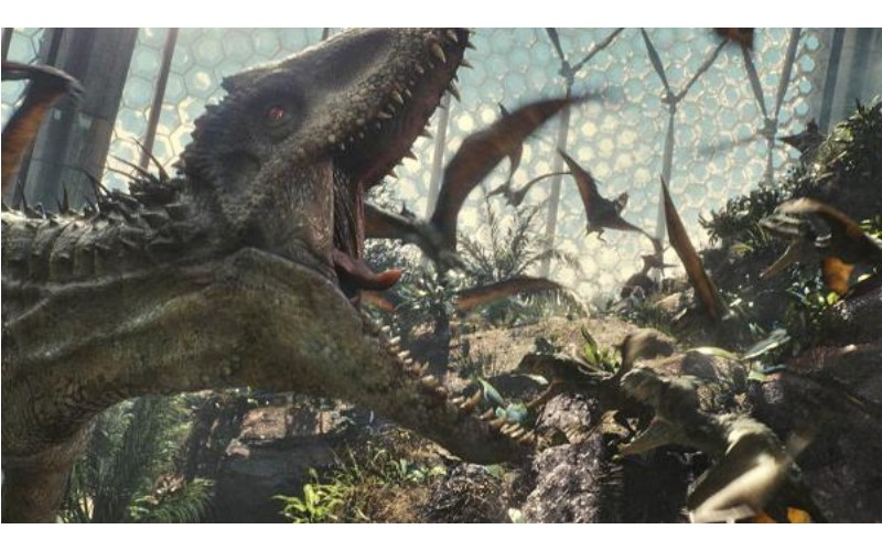 《侏儸紀世界》後製畫面曝光!看到迅猛龍「真面目」影迷驚嘆:這特效等級不愧是好萊塢!