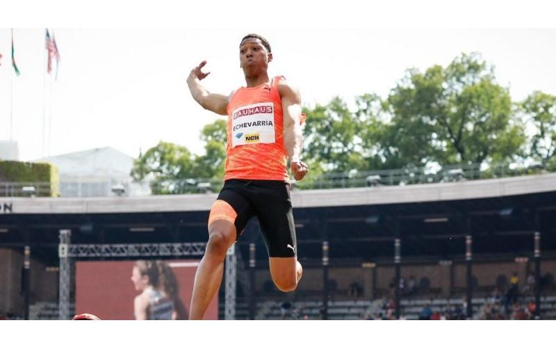 這什麼怪物!古巴20歲小將破大賽紀錄,縱身一跳...快要9公尺 (影)