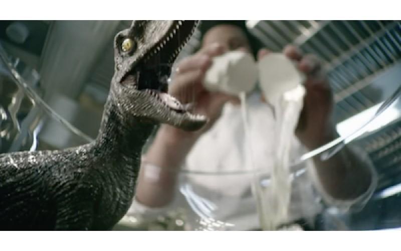 打顆蛋就會「孵出恐龍」 特效團隊做出這支「超ㄎㄧㄤ影片」