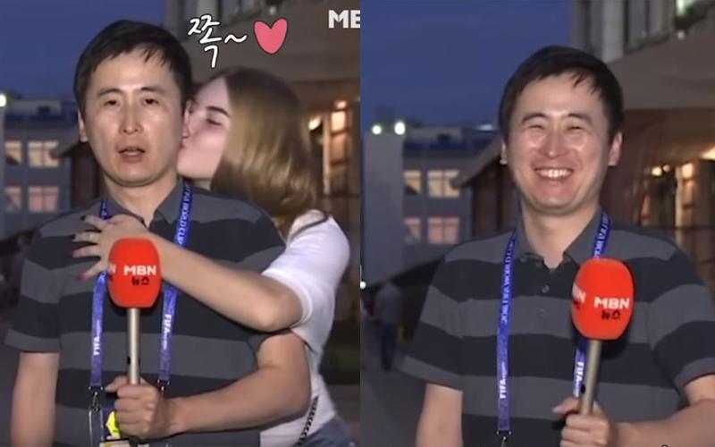 南韓男記者轉播世足被「兩名正妹親親偷襲」,本想淡定處理沒想到下一秒...網虧你的臉出賣你了!