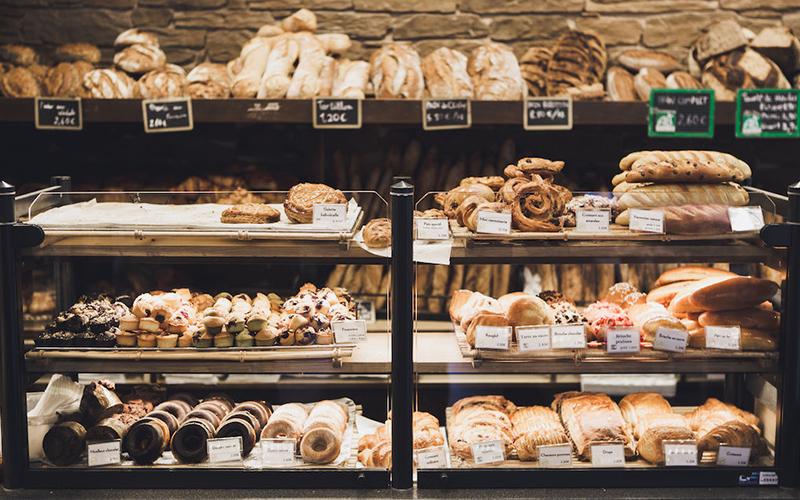 麵包店員工揭露「六大恐怖真相」你都不知道!原來冰櫃裡的生日蛋糕不能買!